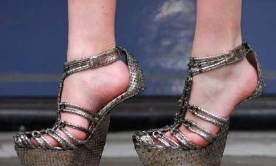 Obujte se do neobvyklých bot Antonia Berardi / Boty bez podpatků