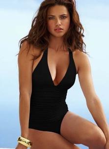 1feed0dad ... Jednodílné plavky: Dostupný luxus (http://www.modablog.cz) ...