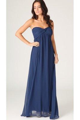 Maxišaty či dlouhé šaty jsou kouzelné (http://www.modablog.cz)